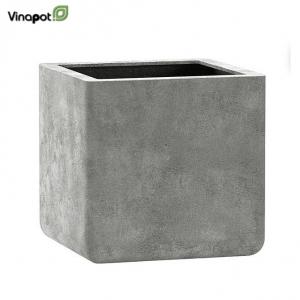 Chậu composite Cavan (old stone grey)